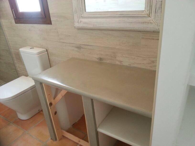 Microcemento Baños Limpieza:Microcemento en baños y cocinas para el Hotel 4 Fincas en Xalo